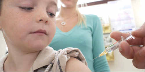 Early treatment can help prevent the infection spreading of whooping cough.
