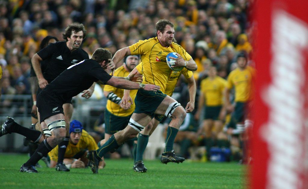 Rocky Elsom in action against the All Blacks.