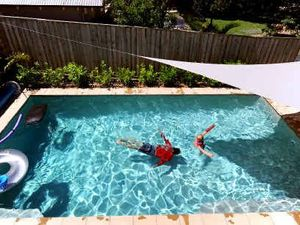 Call for backyard swimming pool ban to save our kids