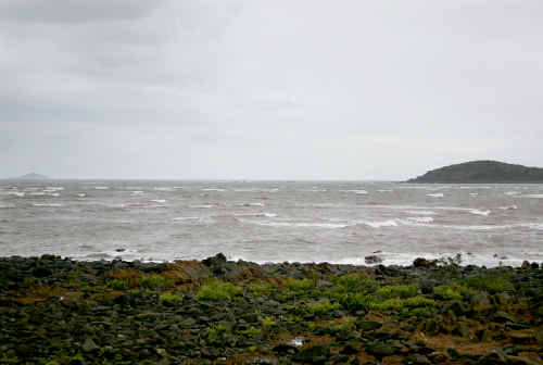 Bad weather and rough seas are hampering efforts to find a missing fisherman, who launched his boat at the Sarina boat ramp and headed to Prudhoe Island on Thursday morning.