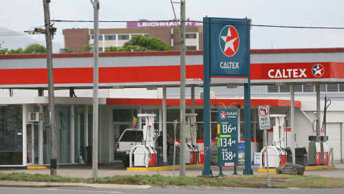 The Caltex service station on the corner of George Street and William streets was allegedly help up on Saturday morning by man who threatened the attendant with a knife.