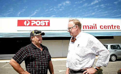 Nev Williams speaks with Senator Ian MacDonald about disruptive noise coming from the North Rockhampton Mail Centre on the corner of Elphinstone and Musgrave Sts.