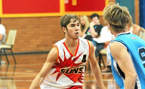 Bryce Davis scored 13 points for Coffs Harbour Suns in Sunday's Waratah League match at Sportz Central.