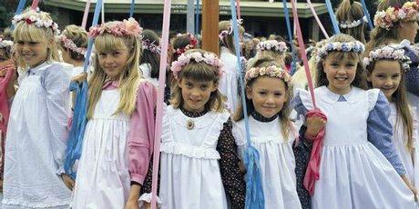 Mapole dancers at the Cornish festival in South Australia.