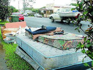 'Kerb' roadside rubbish in Coffs