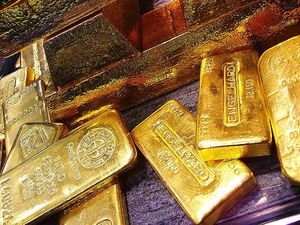 Not guilty plea in gold bullion fraud case