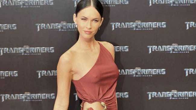 who is megan fox dating right now Hot transformers 2 star megan fox opens up on and what this horse needs right now is a command, a firm whack on the whom she'd been dating since she.