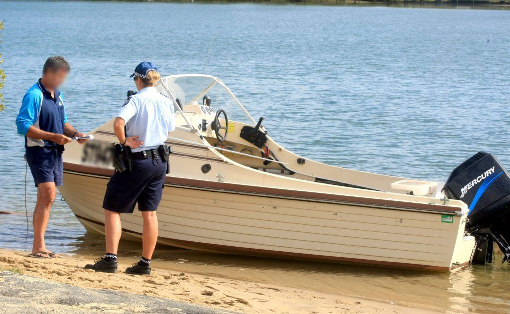 Boat accident in Currumbin River.