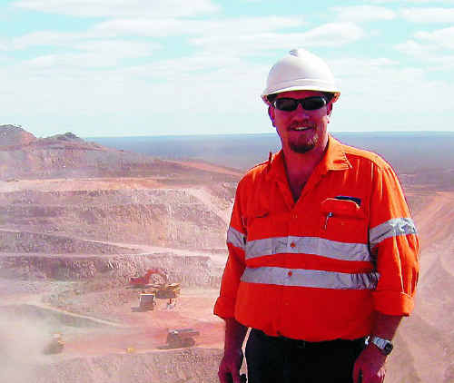 FIFO miner Joe Ranford imparts the rules of a happy relationship to help fellow FIFO families.