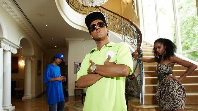 African American rapper S.mouse, played by Chris Lilley, joins Angry Boys.