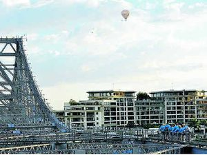 Brisbane's Story Bridge up for rent
