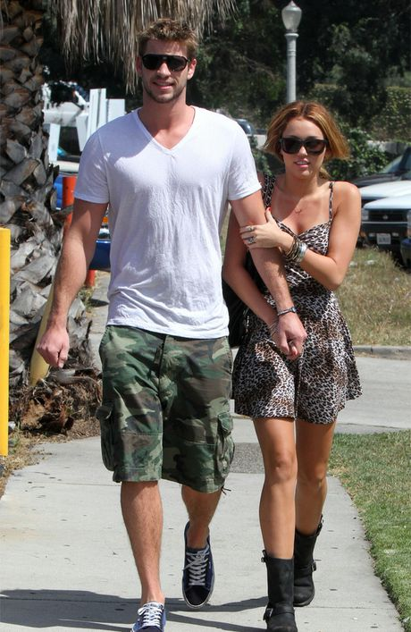 Miley Cyrus and Liam Hemsworth in Colombia.