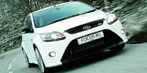 The Ford Focus RS sends 224kW through the front wheels, under its sleek and sporty skin.
