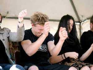 Minds fall under hypnotists' spell