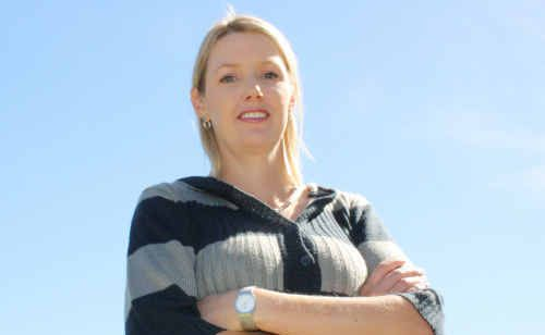 Emerald school teacher Fiona Power is set to tackle her first full marathon on the Gold Coast.