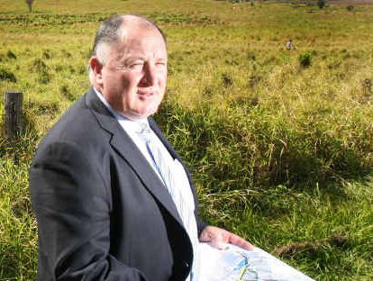 Lockyer Valley Mayor Steve Jones calls for a united stand against New Zealand potato imports.