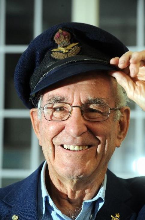 Former Pathfinder crew member Ian Vickers.