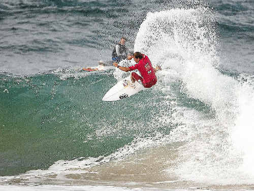 Julian Wilson has jumped to 11 on the World Title rankings after making it to the semi-finals at the Hurley Pro in California.