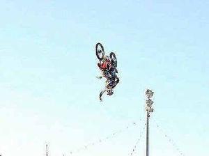 Freestylers defy gravity