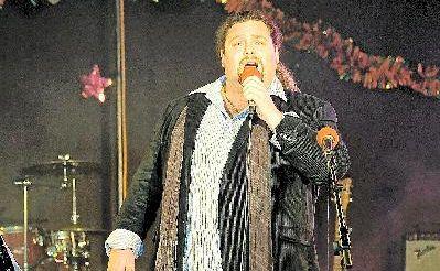 Opera singer and Warwick crowd favourite David Devito has progressed to the finals on Australia's Got Talent.