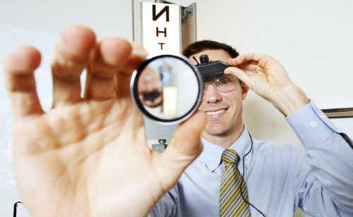 Ophthalmologist Dr Nathan Walker recommends routine eye checks.