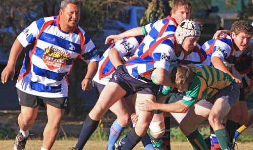 Rolleston Roos take the attack to the Emerald Rams at Morton Park at the weekend. The Rams ran out easy 48-10 winners.
