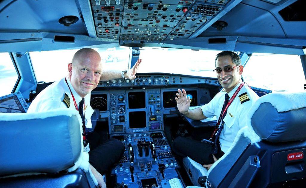 Danish Captain, Lars Schoyen and First Officer Nabeel Al Balooshi, leading the first flight to Copenhagen.