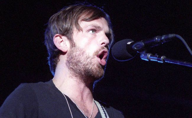 Kings of Leon frontman Caleb Followill has reportedly been urged to check into rehab by his bandmates.