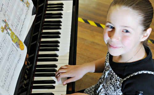 Young pianist Annabelle Horne was all smiles at the Gympie Eisteddfod.