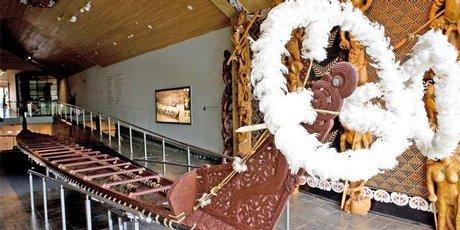 War canoe, Te Whare Waka o Te Winika at Waikato museum.