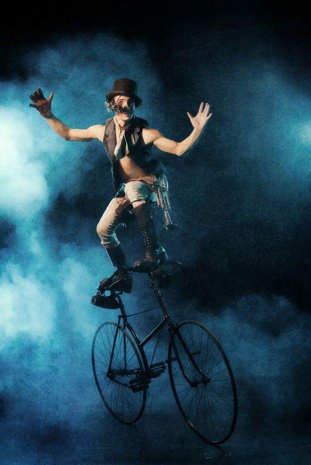 Circus Oz.