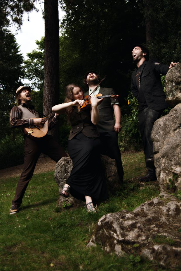 The Crooked Fiddle band will play at several gigs in the Bellingen Jazz and Manouche Festival.