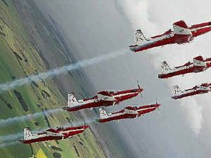 Roulettes roll out aerobatics