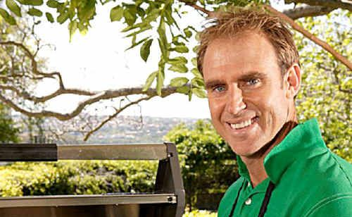 Former Australian cricketing legend Matthew Hayden will be cooking up a storm at this Sunday's inaugural Tastes of the Lockyer market day.