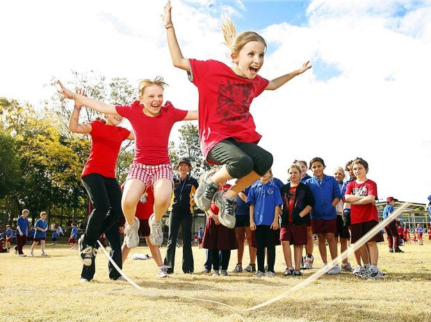 Steve Dickson says school children should be forced to have up to 30 minutes of physical activity when at school.