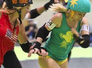 Derby girls take on Rollercon