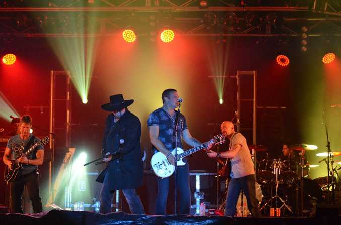 Eddie Montgomery (left) and Troy Gentry (right) on stage at the Gympie Music Muster.