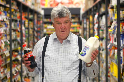 Senator Ron Boswell says milk would appear less healthy than Coke.