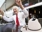 Katter's Australian Party leader Bob Katter visits Ipswich to talk about what his party is offering.
