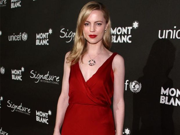 Melissa George is not a fan of plastic surgery.