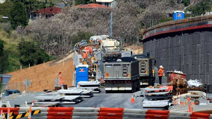 Work being carried out on the Pacific Highway at Banora Point.