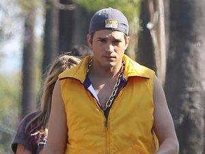 Ashton Kutcher could live in trailer