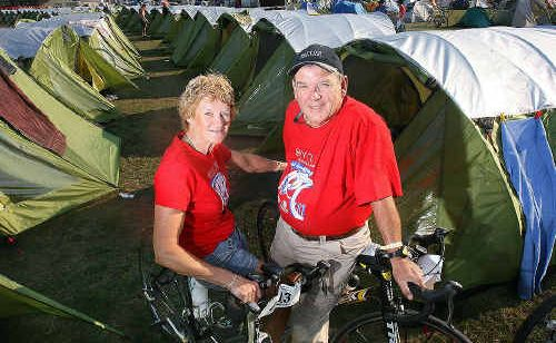 Jeff and Ailsa Lauchlan get ready to camp at the Rosewood Showgrounds on a stopover from Goondoowindi as part of the Cycle Queensland: Goondiwindi to Brisbane ride.