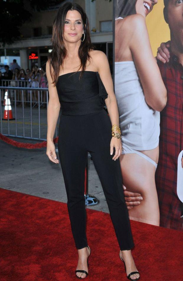 Sandra Bullock may be planning to wed Ryan Reynolds.