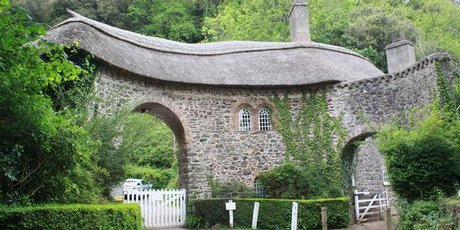 The picturesque tollhouse which must have stimulated poet Samuel Taylor Coleridge's imagination.