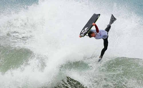 Lachlan Cramsie tackles the frightening swell at the Coopers Knights Beach Pro last weekend.