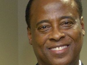 Conrad Murray is 'suicidal'