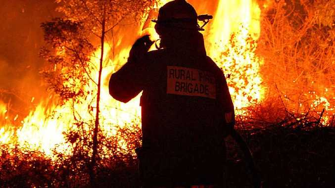 As fires burn across Queensland, rural fire services are running short of volunteers