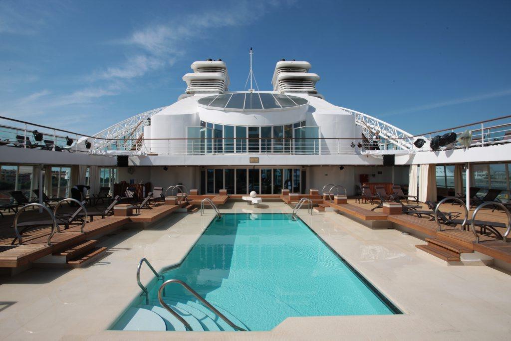 Seabourn Quest pool deck.