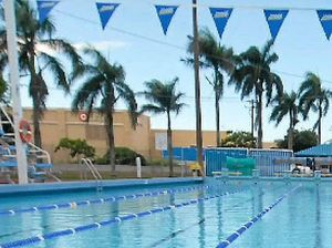 Council closes pool on weekends